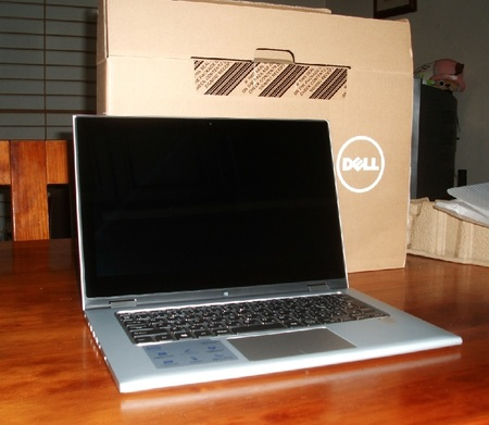 Inspiron17 7000 Fhd Display.jpg